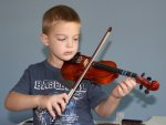 С книжки и скрипки – во взрослую жизнь
